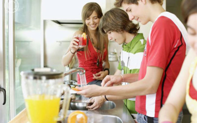 TIPS FOR DESIGNING KITCHENS WITH TEENAGERS